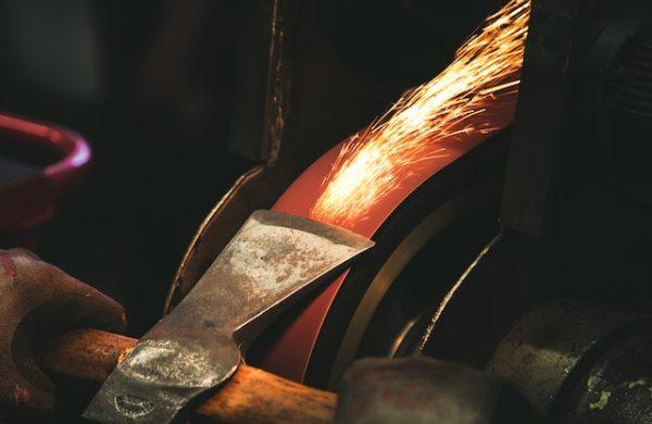 szlifierka pasowa do metalu